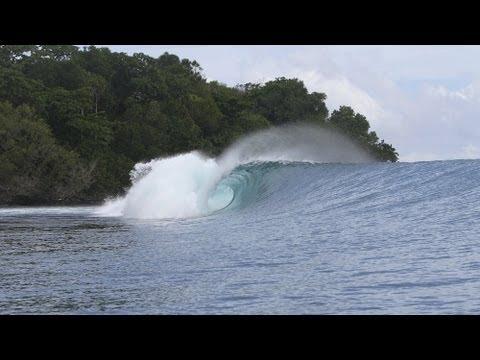 Surfing Indonesia Sumatra - Floating Surf House