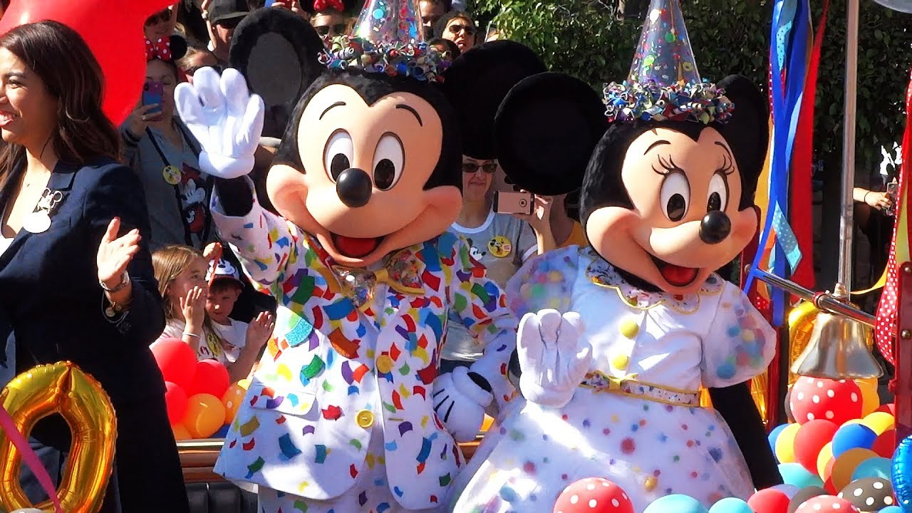 Mickey And Minnie Mouse S 90th Birthday Celebration At Disneyland Youtube