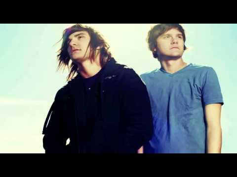 Favourite girl icarus Free MP3 Download