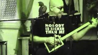 Smoothead-keep Your Lamp Trimmed And Burning (on A Cigar Box Guitar)