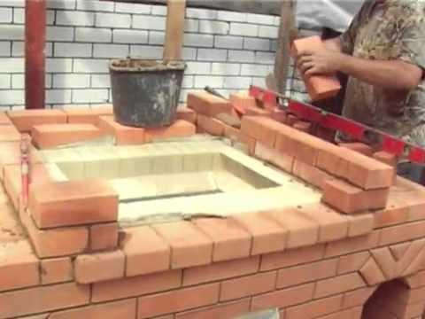 видео: Садовая печь барбекю из кирпича с мангалом