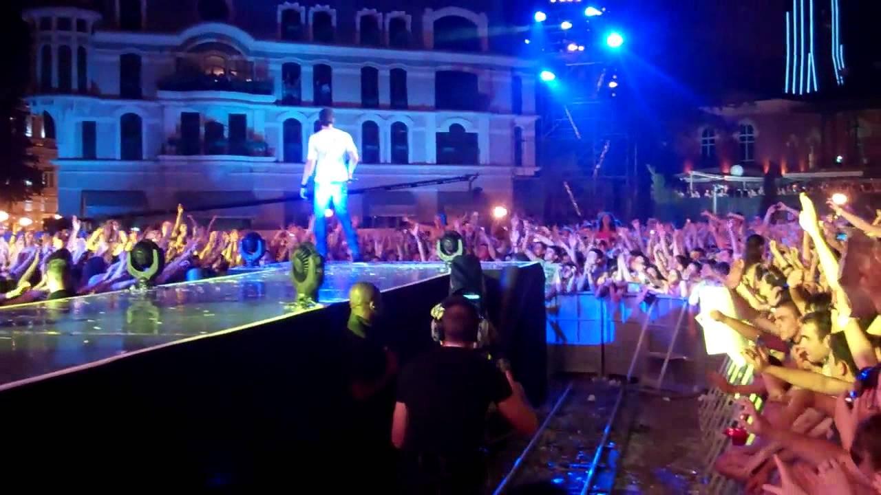 Enrique Performing at MTV Live in Batumi, Georgia