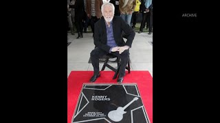 Country star Kenny Rogers dies at 81