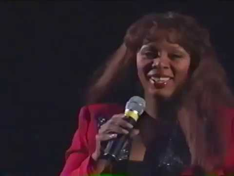 Barry Manilow and Donna Summer Could It Be Magic Live