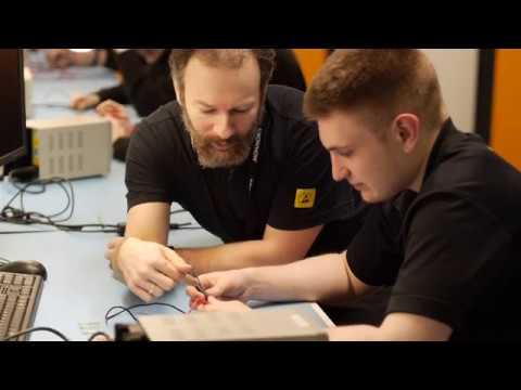 Dixons Carphone's Team Knowhow - apprentice scheme ad
