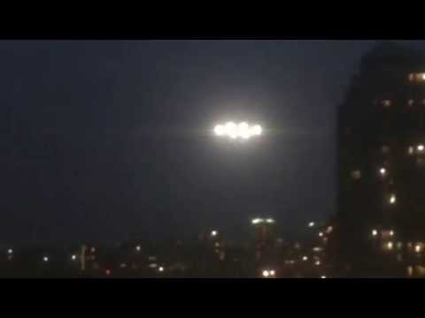 UFO Footage Filmed in Michigan of an Unidentified Flying Object with Bright Lights