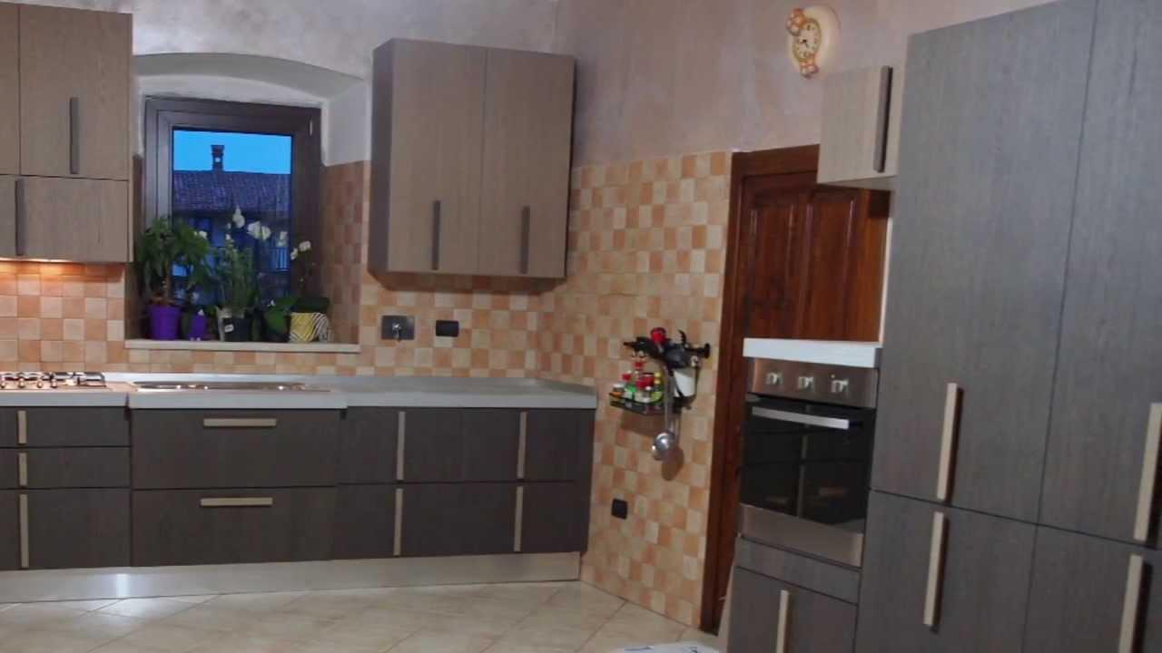 Cucine Etniche Moderne.Cucine Particolari Componibili Moderne Prezzi Sconto Offerta
