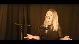 Baixar Charlie Puth - Attention (cover by Noelle)