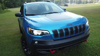2019 Jeep Cherokee Trailhawk Elite 4X4 Best Detailed Walkaround