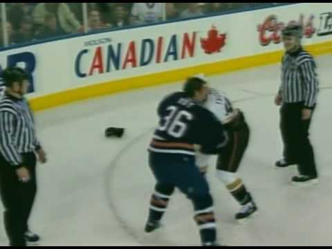 Shawn Thornton vs Mathieu Roy Jan 18, 2007