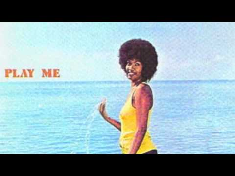 Клип Marcia Griffiths - Don't Let Me Down