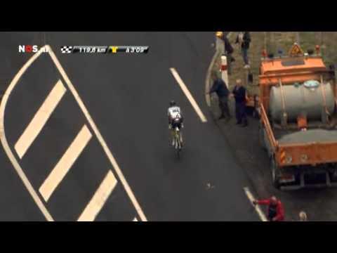 Tour 2011 - crash Contador 9th stage