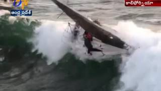 Watch Video   4 Lucky to be Alive After Boat Capsized   California