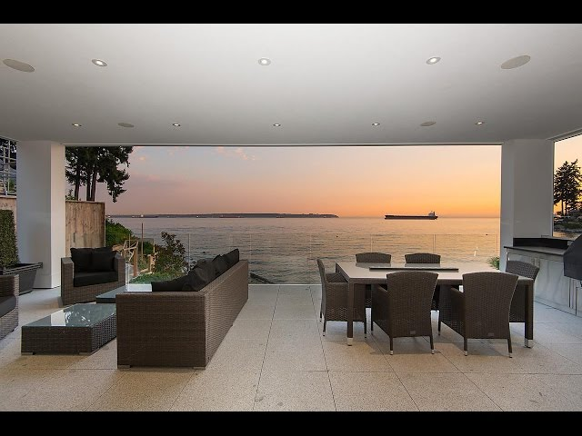 Luxury Waterfront Residence in West Vancouver, Canada