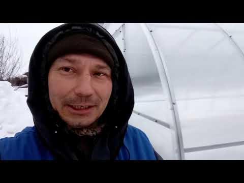 Обшивка сборной теплицы поликарбонатом. Часть 2