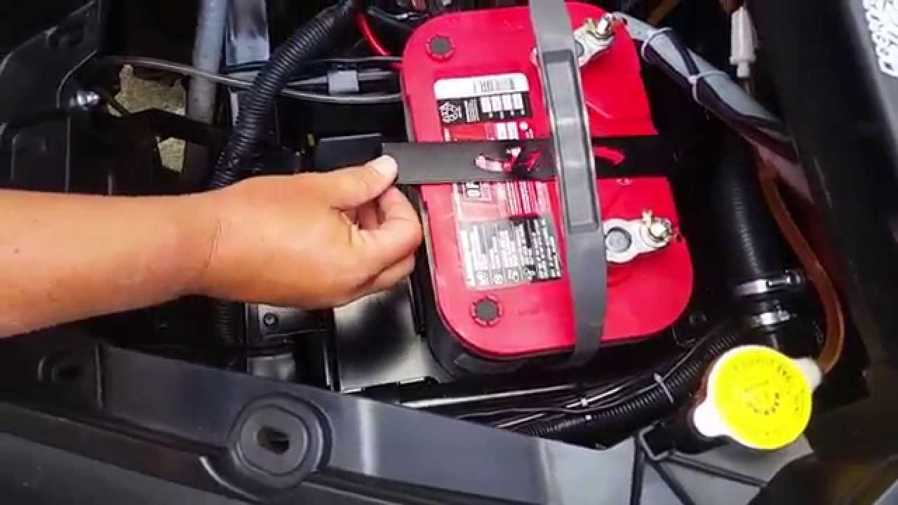 maxresdefault can am maverick xds turbo battery box for 34 78 size battery youtube can am maverick fuse box location at bayanpartner.co