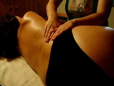 masajista embarazada