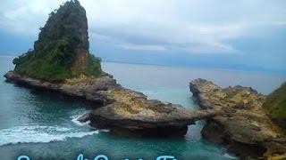 Surga di Pesisir Lombok Timur [Wondeful East Lombok's Beach]