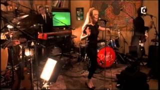 """Duffy """"Lovestruck"""" Live"""