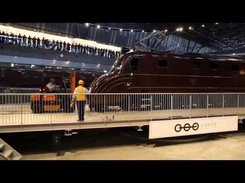 鉄道博物館 展示車両入れ換え作業02