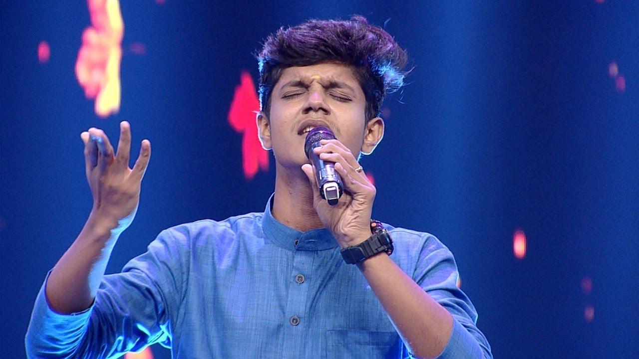 Paadam Namukku Paadam | Mesmerizing song of Aromal !   | Mazhavil Manorama