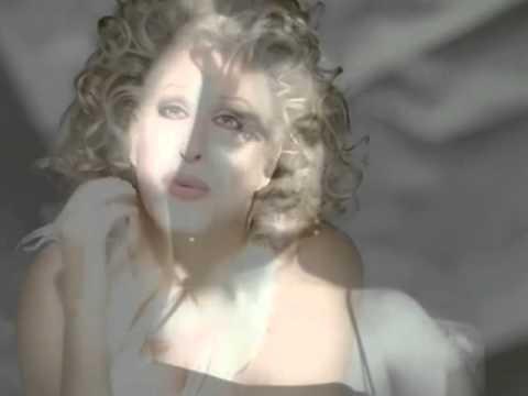 Marilyn Monroe..Bette Midler To deserve you