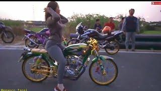 Kenal Anabel cewek Cb Modif super cantik Cb GL Tiger C70 Herex Indonesia
