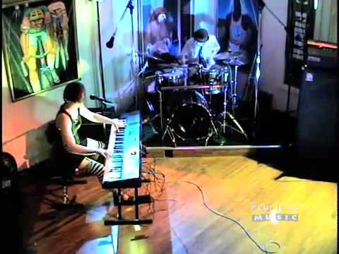 The Dresden Dolls - Girl Anachonism - Live on Fearless Music