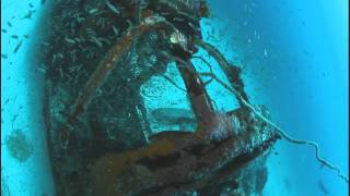 P39N Airacorba and Douglas SBD-4 Dauntless WWII plane wrecks.avi
