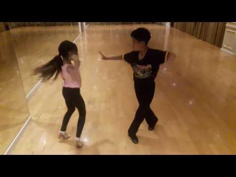 น้องฟู่ และ น้องแตงโม เรียนเต้นลีลาศจังหวะแซมบ้า (Sumba)