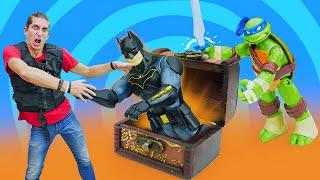 Игры для мальчиков - Супергерои и Черепашки Ниндзя нашли сокровище! - Видео шоу Фабрика Героев
