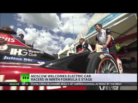 Formula E Drivers POWER Around Kremlin at 250km