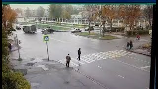Уходя от столкновения, автобус выехал на встречную полосу. Архангельск.