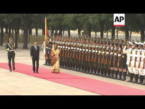 Bangladesh Prime Minister Sheikh Hasina meets with Chinese Premier Li Keqiang