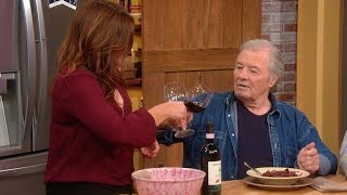Jacques Pepin: The Proper Way To Cling Your Wine Glass