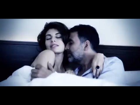 Jacqueline Fernandez Hot and sexy scene with Akshay Kumar thumbnail