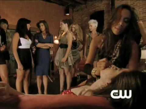 OTH - 7x04 - Sneak Peak #1 - Brooke/Models/Alex/Victoria/Millicent