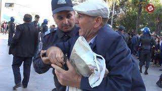 """Etirazçı: """"Bu Lazım gəlmədi, torpaq daha lazım olmadı"""" dedi polislər qoluna girdi"""