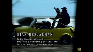 Gambar cover Kapilla_Biar Berjauhan[Official MV]
