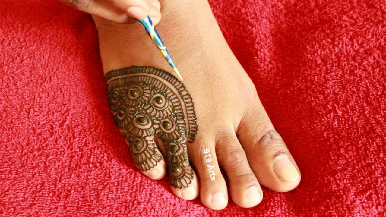 2020 Special Easy Feet Mehndi Design||Simple Bridal Mehndi||Mehdi Design for Foot||Leg Mehndi Design
