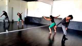 URBAN SHAPE : Laura et Mélodie répétition et Show - Chair & Dance
