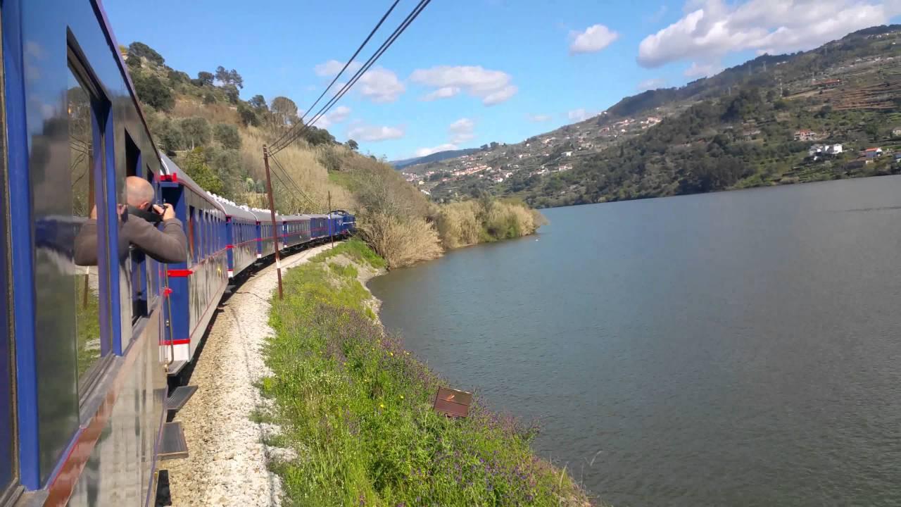 Resultado de imagem para comboio historico presidencial pelo douro