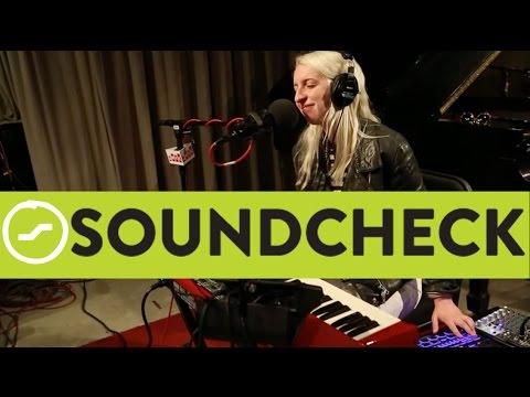 White Hinterland: 'Metronome,' Live On Soundcheck