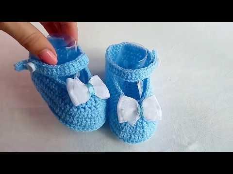 Детские пинетки-туфельки вязаные крючком