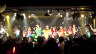 昭和88年8月8日に行われた「Gate Eight」で生バンドパフォーマンス...