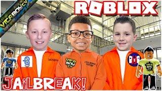"""Roblox - Jailbreak """"Cops Vs. Prisoners"""" w/GamerBoyJJM & Burlington Gamer"""