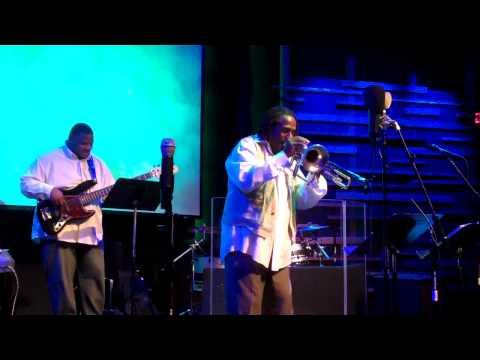 Freddie Jones playing two horns at Crosspointe