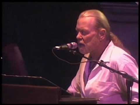 ALLMAN BROTHERS The Night They Drove Old Dixie Down  2009 LiVe