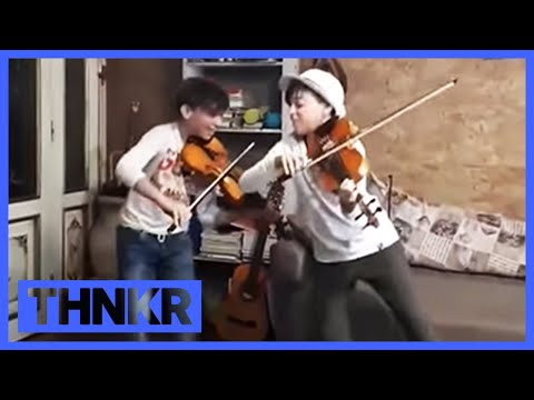 Viva La Vida Coldplay Cover By Child Violinists! Mirko E Valerio - Violinisti Little Band