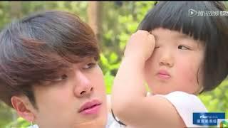 (GOT7) Jackson siendo lindo con niños (Let me go of my baby) Despedida subtitulos